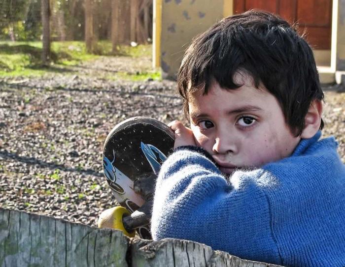 copiii_imigrantilor_se_simt_singuri